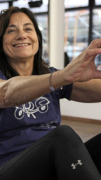 Teamleiterin Andrea Gutmann gibt online Gymnastik-Stunden für Bewegungshungrige.  | Foto: privat