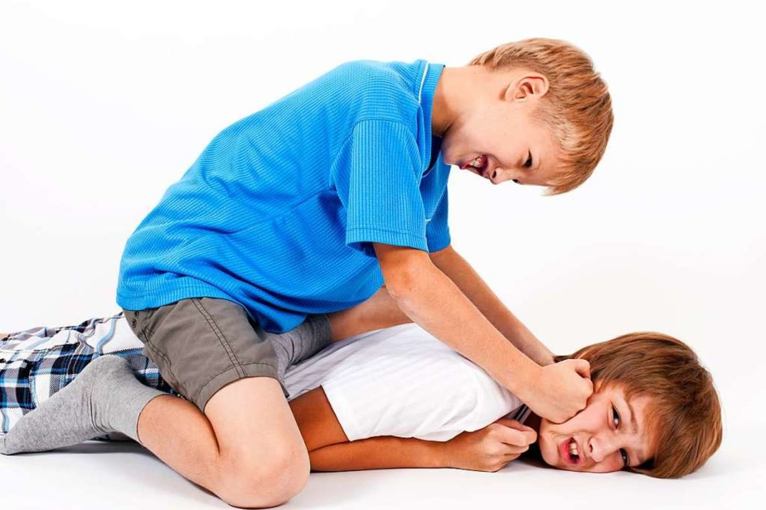 Warum streiten Kinder - und wie sollten Eltern reagieren