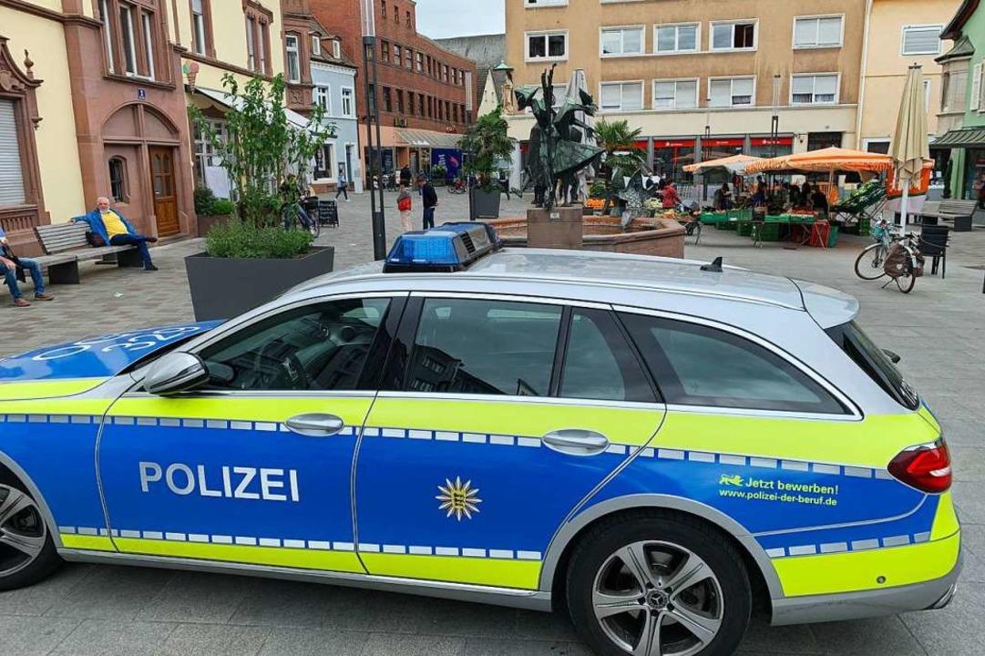 Die Polizei ist präsent – wie hi...arkttag in der Offenburger Innenstadt.    Foto: Helmut Seller