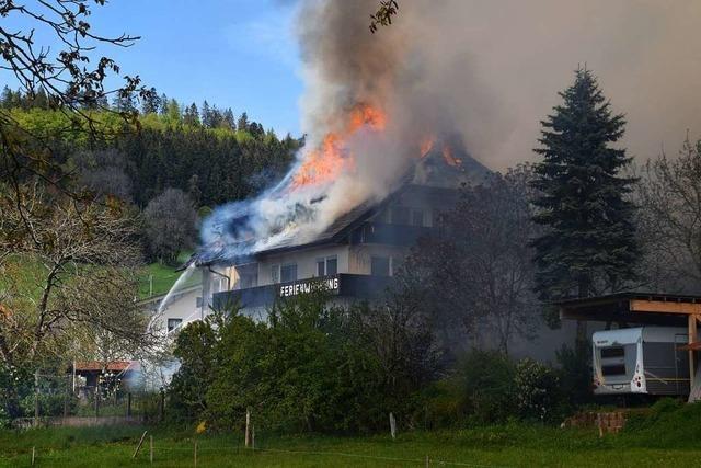 Der Großbrand in Gresgen gibt weiter Rätsel auf