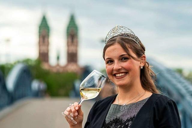 Die Wahl zur Badischen Weinkönigin fällt aus – Sina Erdrich bleibt noch ein Jahr im Amt