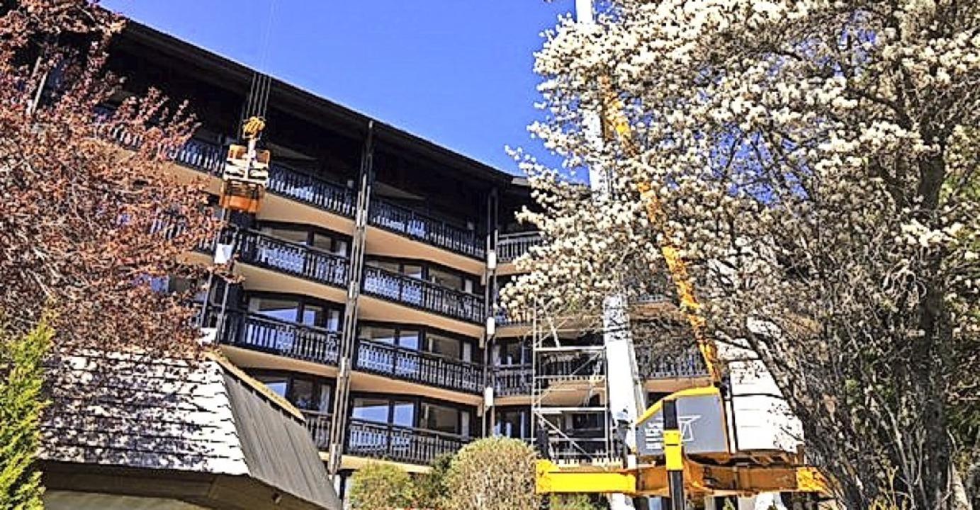 Mehr als eine Million Euro investiert ...alkone und Fassaden in diesen Wochen.   | Foto: Vierjahreszeiten