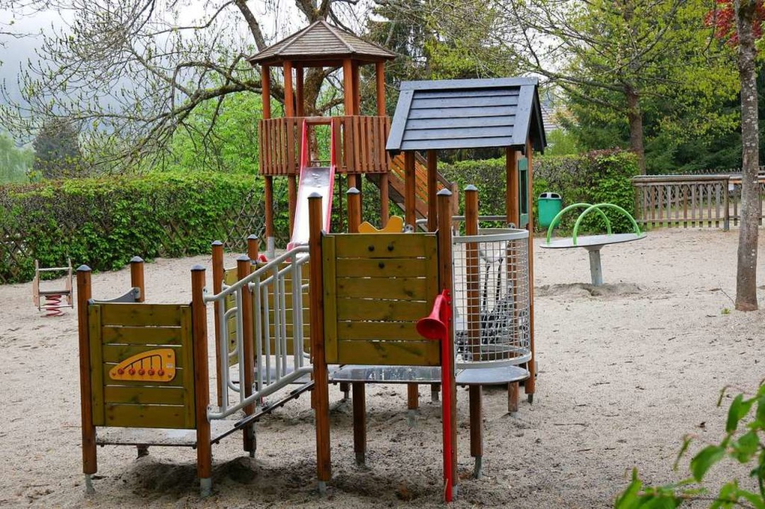Der Spielplatz am Stalter in Neustadt wartet auf die ersten kleinen Gäste.  | Foto: Eva Korinth