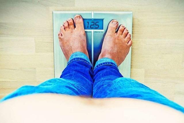 Studie: Franzosen legen während Ausgangssperre an Gewicht zu