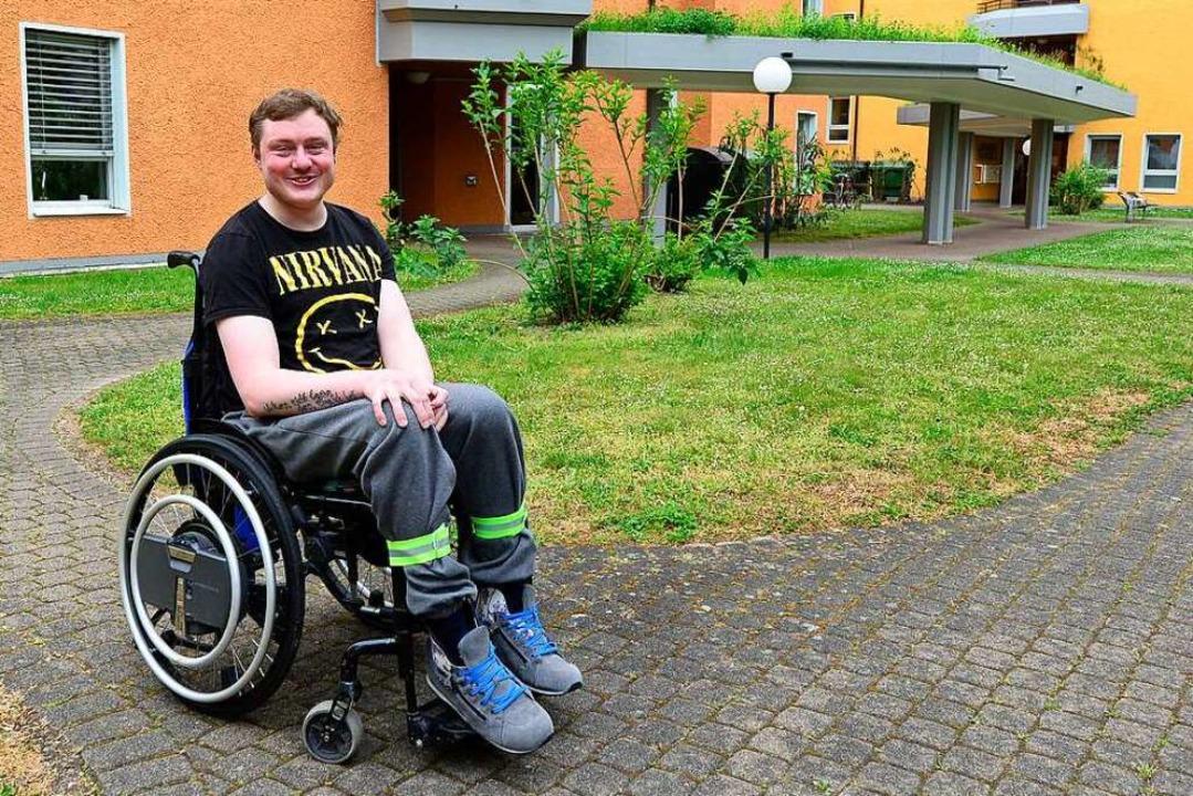 Christoph Schneider ist gerne unterweg... ist sein Aktionsradius sehr begrenzt.  | Foto: Ingo Schneider