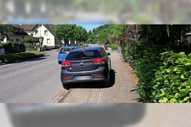 Ein Kompromiss soll das Problem zugeparkter Bürgersteige lösen