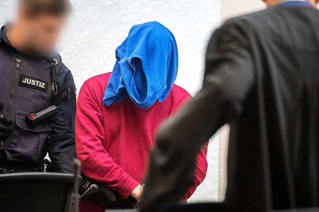 Prozess um Schwertattacke: Angeklagter soll sich als