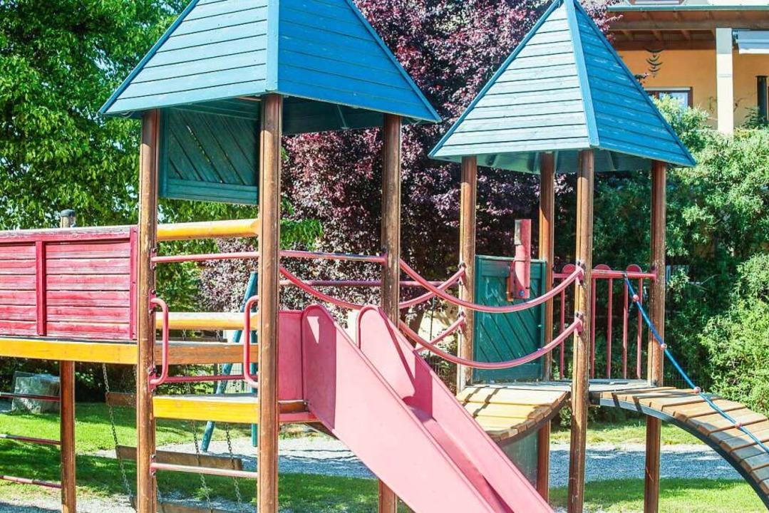 Auch auf dem Spielplatz im Baugebiet H...rfen ab Freitag wieder Kinder spielen.  | Foto: Sandra Decoux-Kone