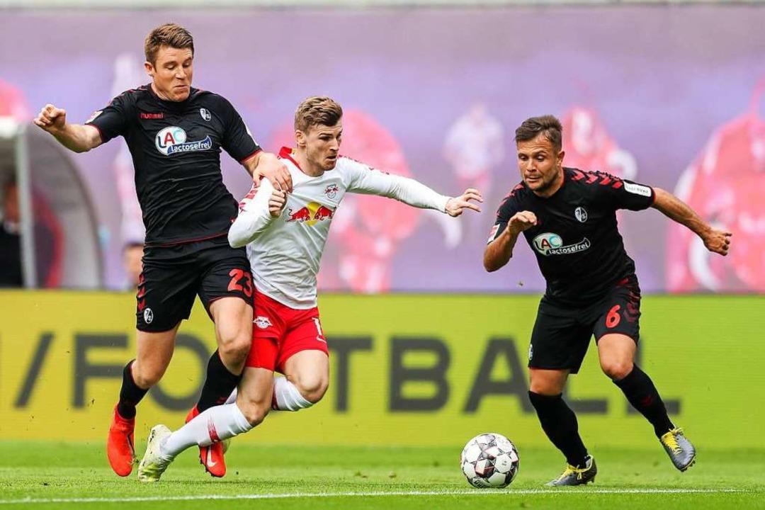 Der SC Freiburg (hier im April 2019 ge...) wird am 16. Mai in Leipzig antreten.  | Foto: Jan Woitas (dpa)