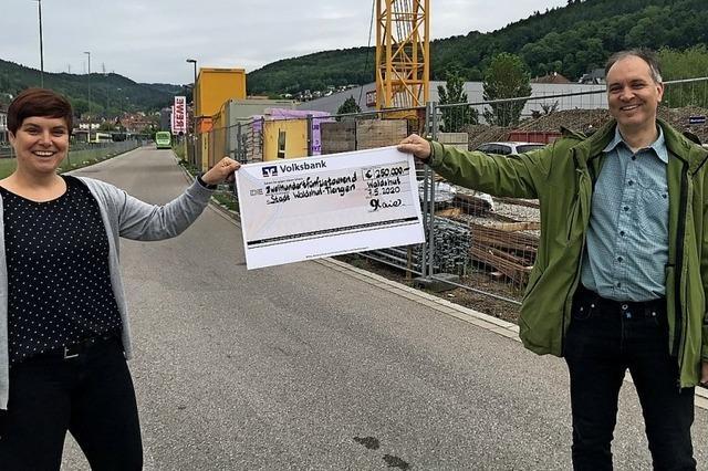 Pro Freibad spendet 250 000 Euro