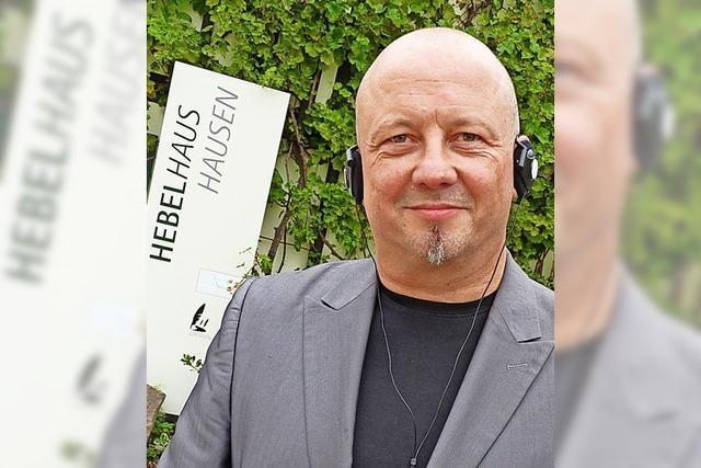 Thomas Schmidt erhält die Hebel-Plakette