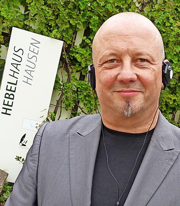 Thomas Schmidt hat den Umbau des Hebel...n Einsatz neuer Medien dort begleitet.  | Foto: Dirk Sattelberger