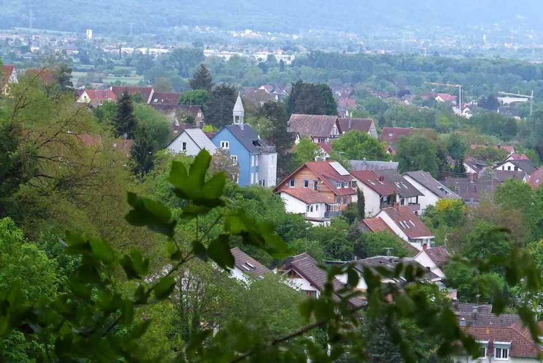 Diesen Blick auf Windenreute kennt nic... Weg des Heimatvereins findet man ihn.  | Foto: Sylvia-Karina Jahn