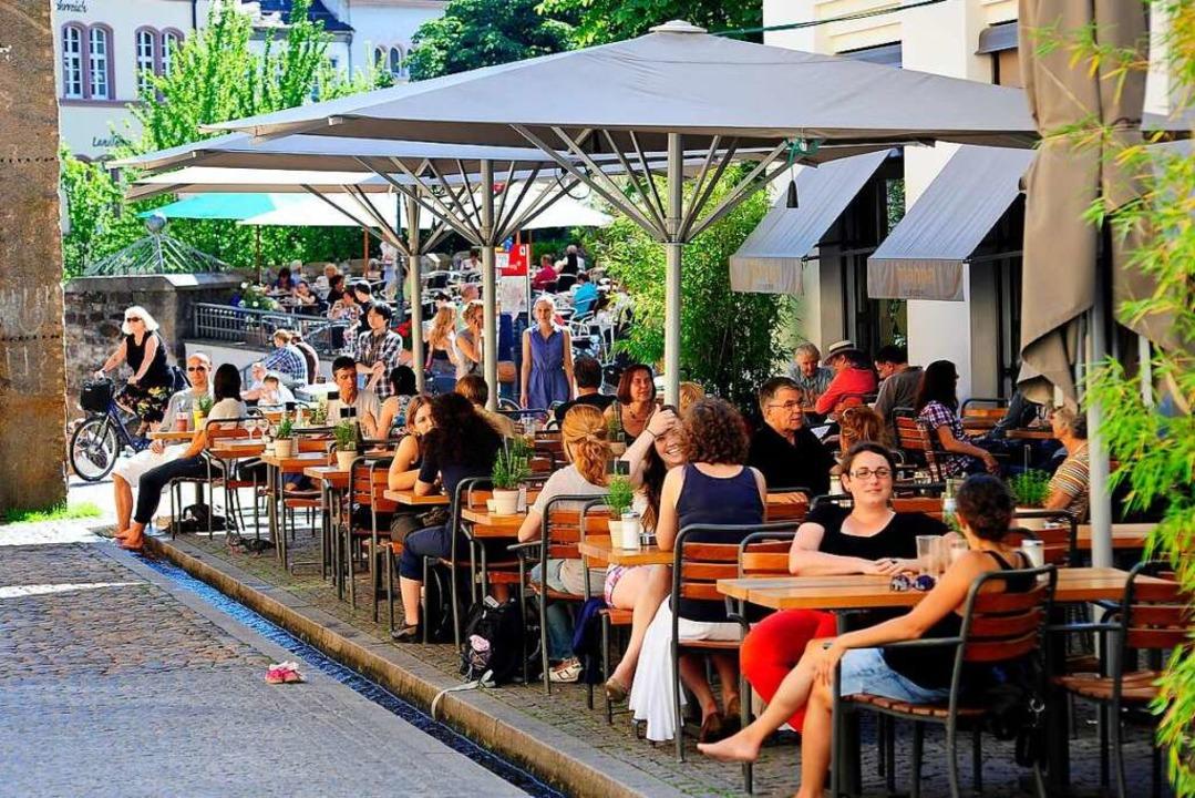 Bald dürfen Restaurants wieder öffnen ...e erweitern – wo es möglich ist.  | Foto: Thomas Kunz