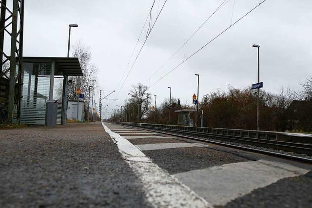 Zuganbindung in Buggingen ist besser, der Bürgermeister will aber mehr