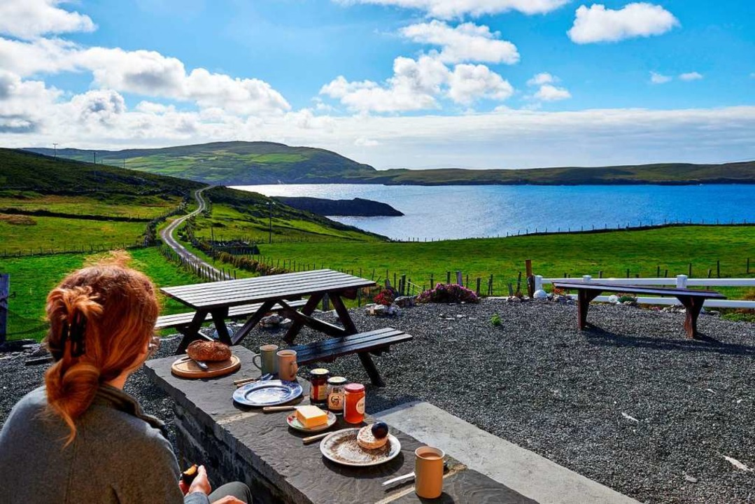 Ein Traum von Irland: Frühstück mit Sodabrot und Aussicht  | Foto: Thomas Schneider