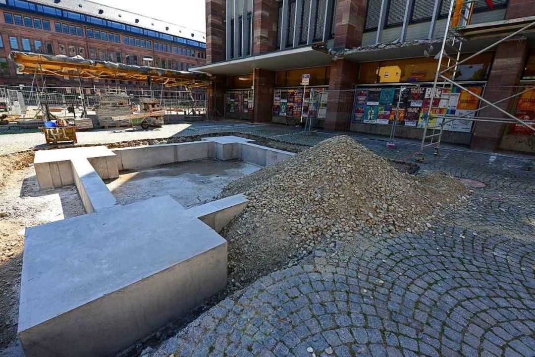 Die vorbereitenden Arbeiten für die Sa...s Kollegiengebäudes II haben begonnen.    Foto: Ingo Schneider