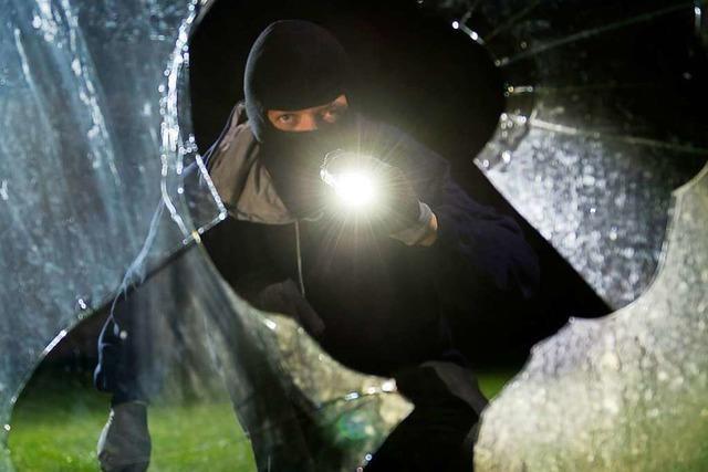 Polizei nimmt vier mutmaßliche Einbrecher in Freiburg-Haslach fest