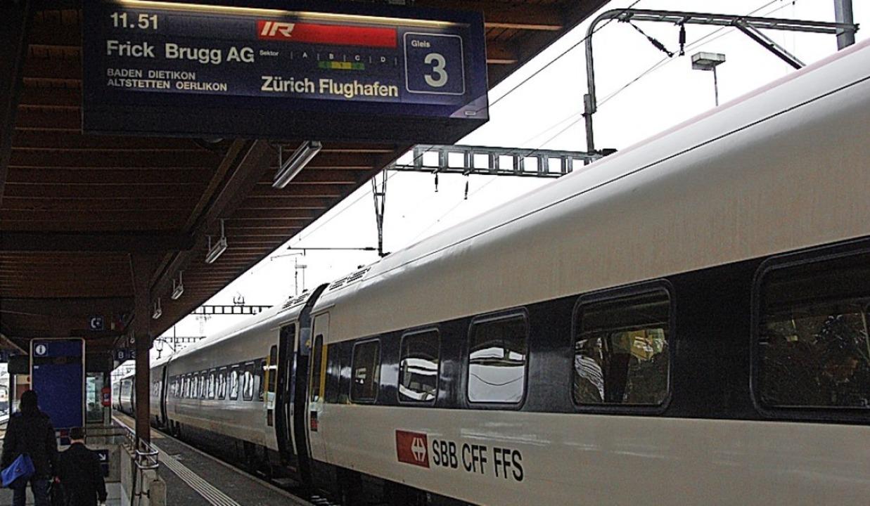 Der Flugzug nach Zürich-Kloten soll ab...uch am Bahnhof Stein-Säckingen halten.  | Foto: Ralf Staub