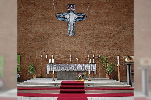 Katholische Gemeinde feiert wieder Gottesdienste