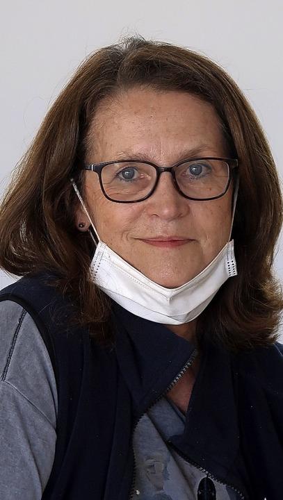 Regina Holzer  von der kirchlichen Soz... kranke Menschen in ihren Haushalten.   | Foto: Christine Weirich
