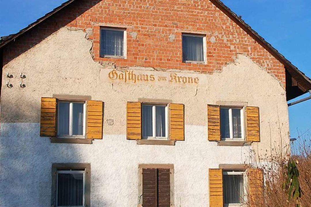 Das Gebäude stand schon länger leer, d...sthaus existiert seit 1968 nicht mehr.  | Foto: Petra Wunderle