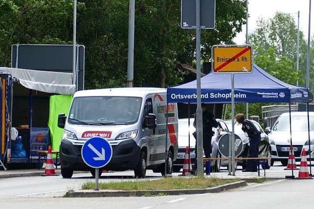 Ärger über Grenzkontrollen an der Rheinbrücke wächst