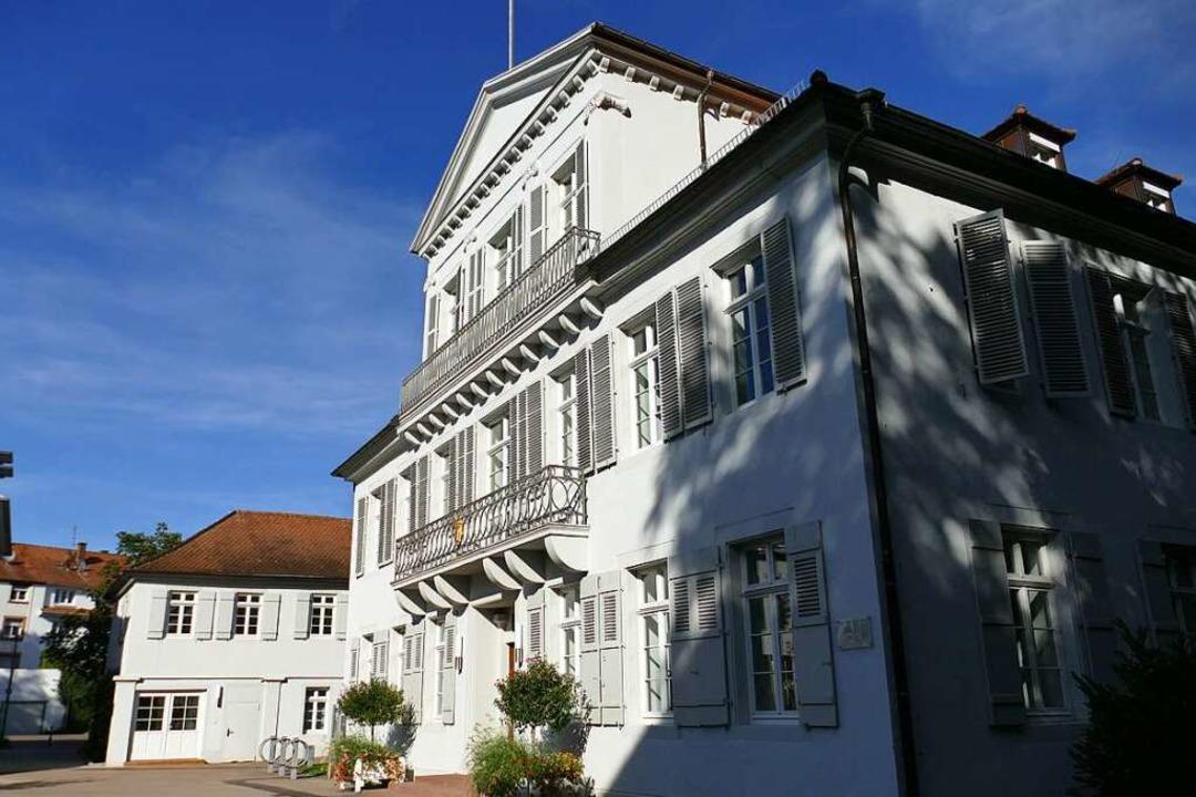 Im Rathaus I der Stadt Lahr tagt regelmäßig der Krisenstab.  | Foto: Christian Kramberg