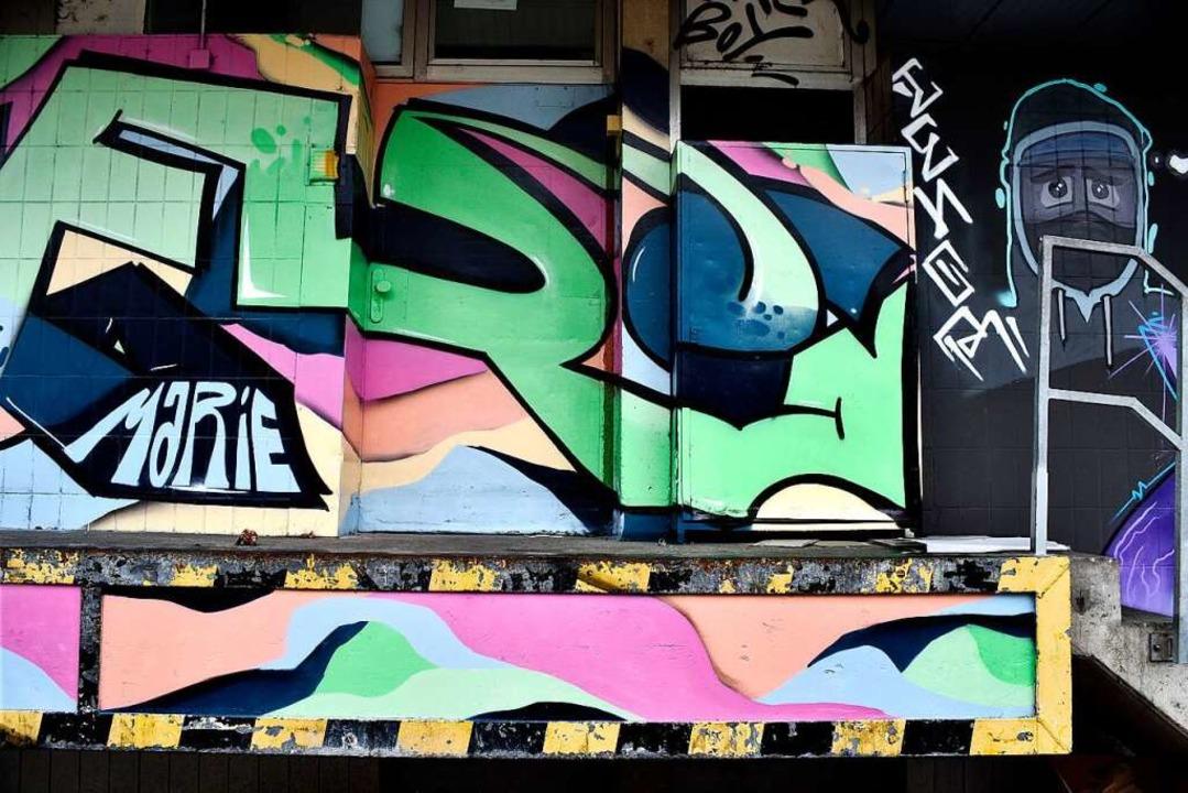 Graffiti wie hier in Freiburg  sind ei...m legale Spraymöglichkeiten gewünscht.  | Foto: Thomas Kunz