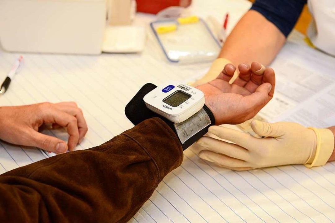 Bei der Blutspendeaktion  | Foto: Ingo Schneider