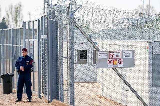 EuGH: Unterbringung in Ungarns Transitlager für Asylbewerber ist Haft