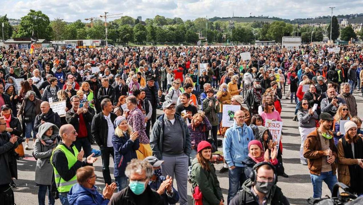 Demonstration in Stuttgart  | Foto: Christoph Schmidt (dpa)