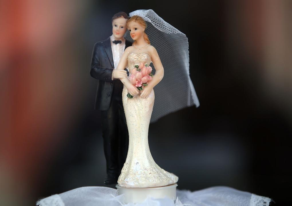 Heiraten mit Gästen – das sieht ab 1. Juni gar nicht schlecht aus.  | Foto: Oliver Berg