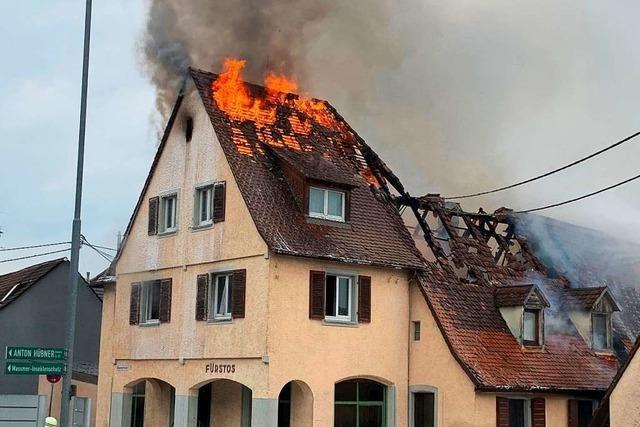 Zwei Bewohnerinnen bei Brand in Ehrenkirchen-Kirchhofen verletzt