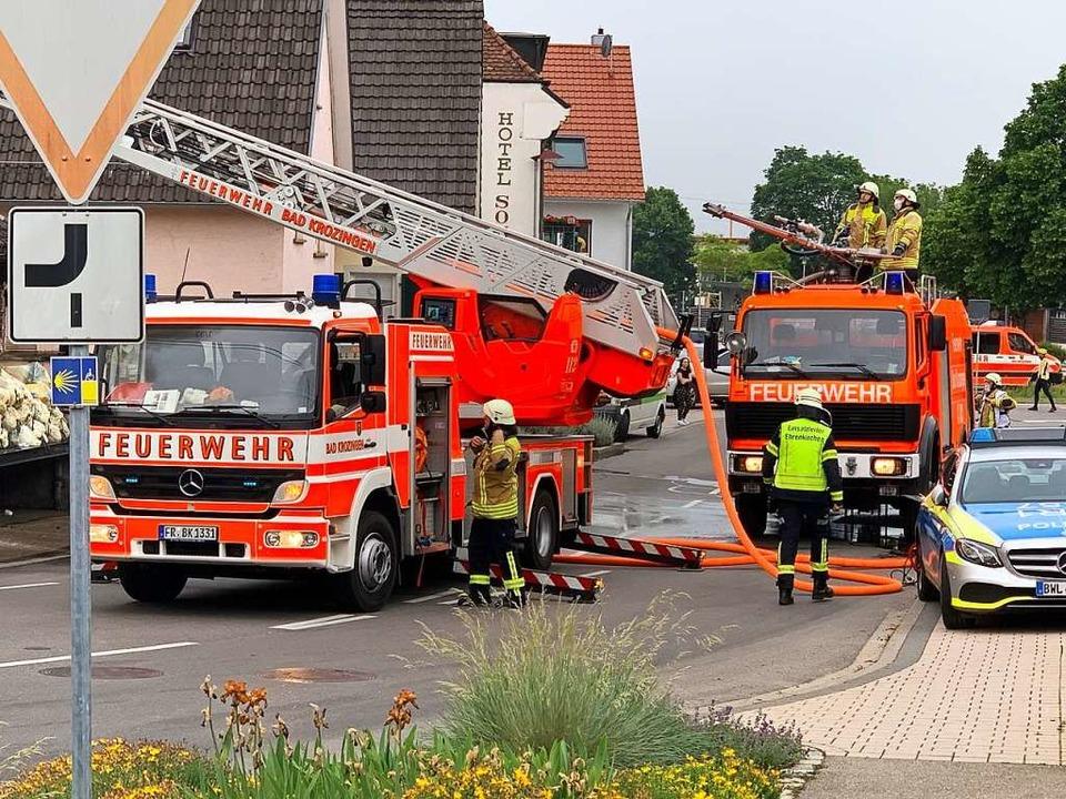Feuerwehrkräfte aus Ehrenkirchen, Bad ...n, Bollschweil und Staufen im Einsatz.  | Foto: Feuerwehr Ehrenkirchen