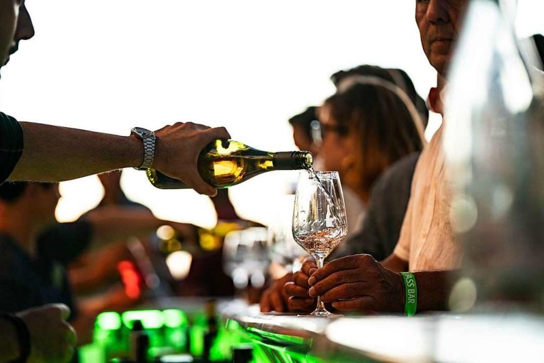 Die Wein-Fass-Bar 2019 in Oberrotweil  | Foto: Fabian Rudolph