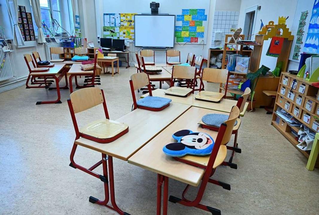 Der Staat braucht Geld, um beispielsweise Schulen finanzieren zu können.  | Foto: Arne Dedert (dpa)