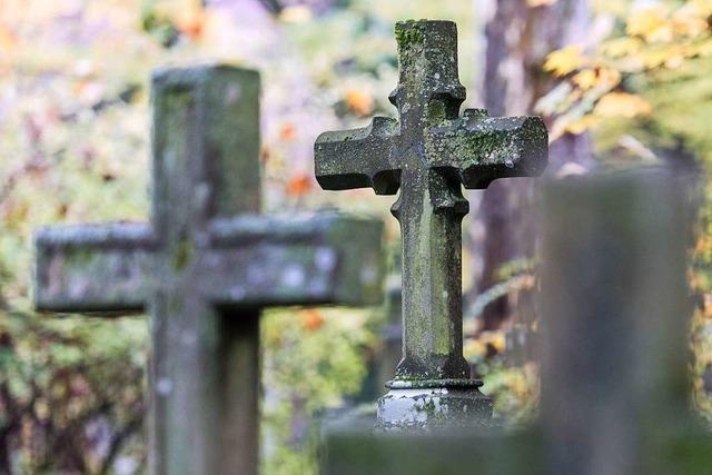 Im April knapp 10 Prozent mehr Tote als in den Jahren zuvor