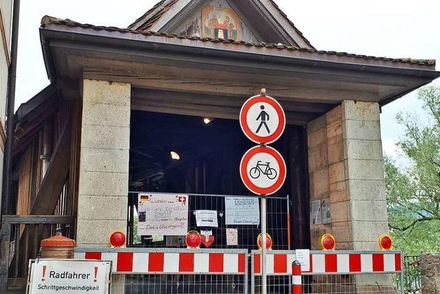 Die alte Holzbrücke in Bad Säckingen öffnet wieder