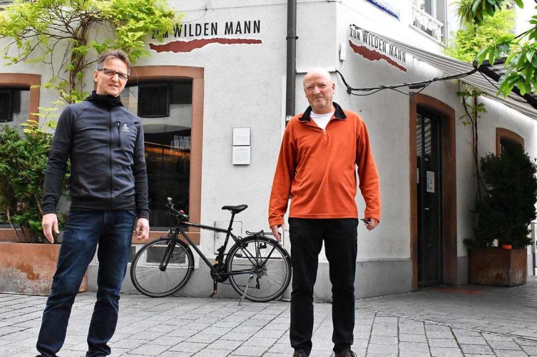 Martin Haker (links) und Hanspeter Gerber vom Wilden Mann.  | Foto: Thomas Loisl  Mink