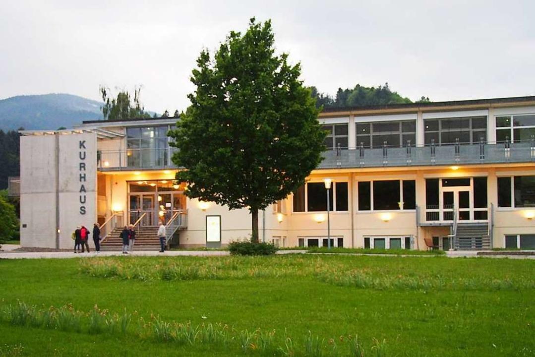 Das Kurhaus in Kirchzarten wird zum Fi...n die Black Forest Studios verpachtet.  | Foto: Markus Donner