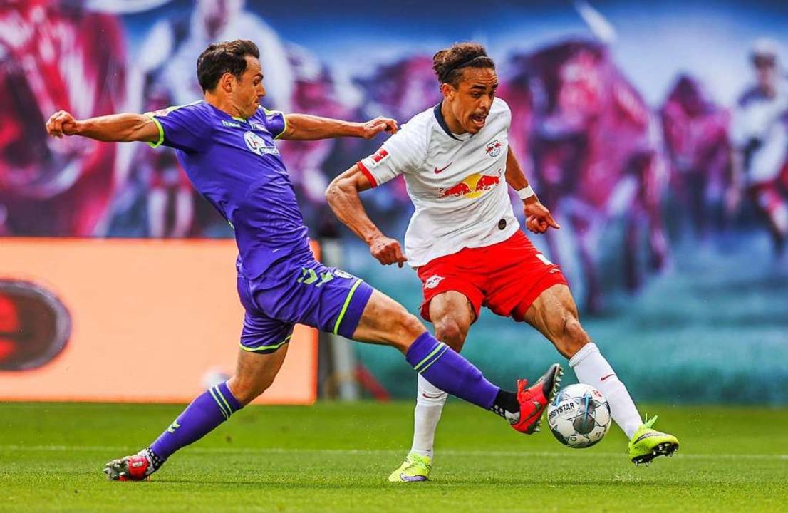 Nicolas Höfler hat gegen Leipzig viel hinten ausgeholfen.    Foto: Jan Woitas (dpa)
