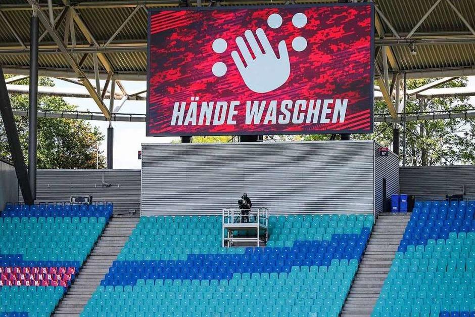 Hinweise in der Leipziger Arena, Zuschauer und Zuschauerinnen gab es jedoch keine. (Foto: Jan Woitas (dpa))