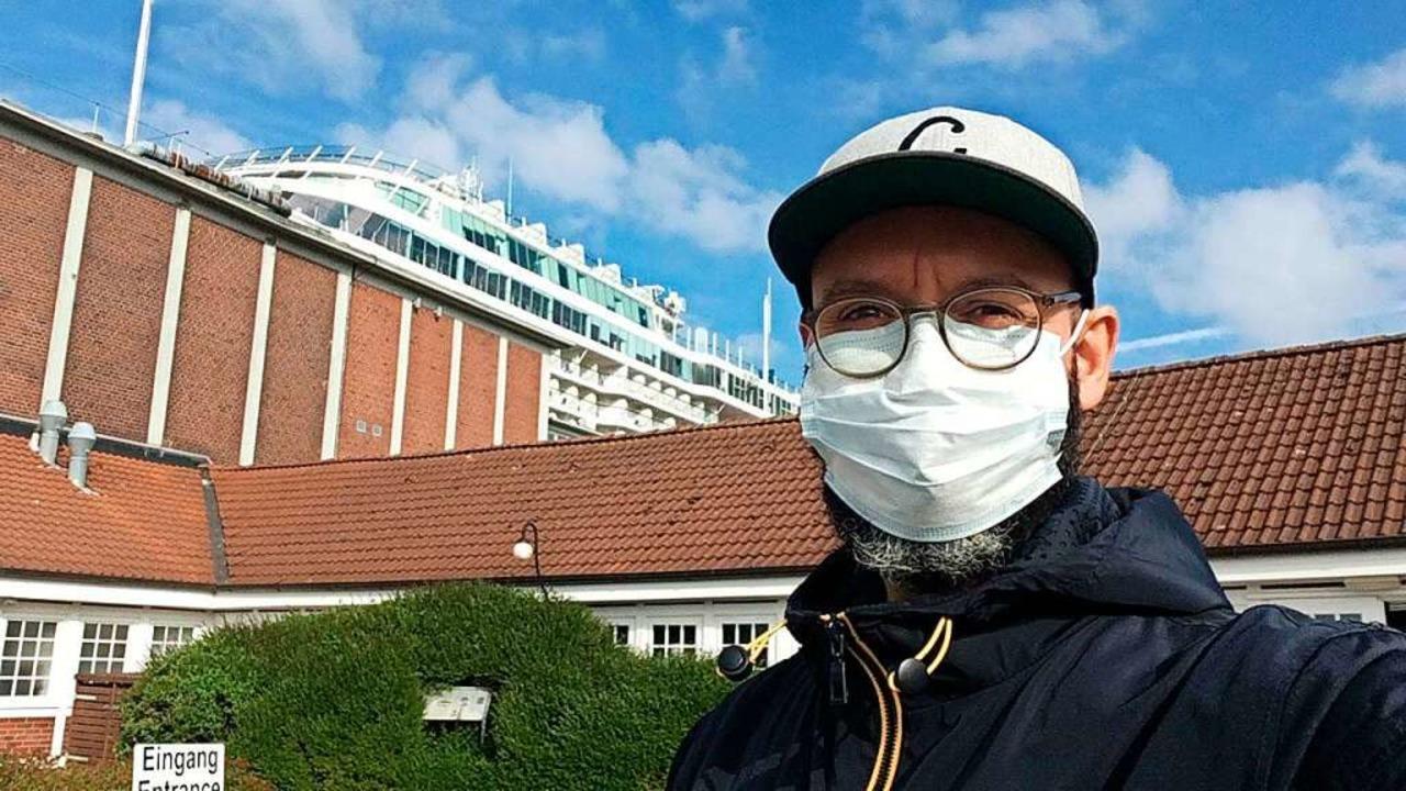 Miroslav Dakov in dem Moment, in dem e...on Bord des Kreuzfahrtschiffes durfte.  | Foto: Miroslav Dakov