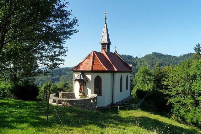 Beim Bau der Kreuzbergkapelle in Buchenbach half das ganze Dorf mit