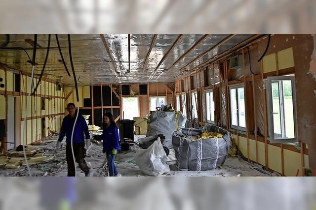Das alte Clubheim des FSV wird abgerissen