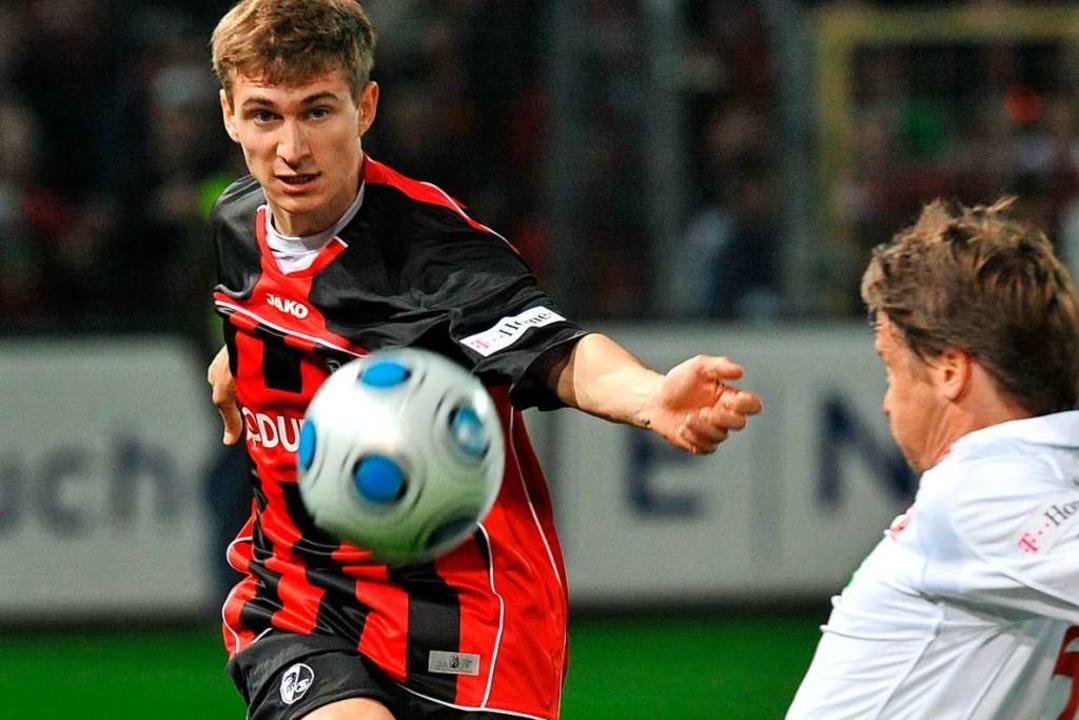 Lange ist's her: Daniel Schwaab ... bei einem Spiel gegen Rot-Weiß Essen.  | Foto: A2070 Rolf Haid