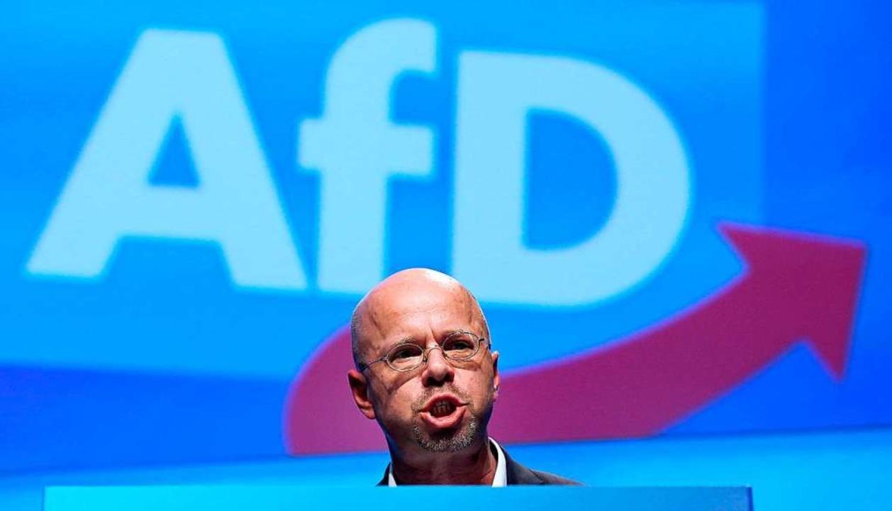 Der AfD-Bundesvorstand hatte Kalbitz&#...htsextreme Milieu für nichtig erklärt.  | Foto: RONNY HARTMANN (AFP)