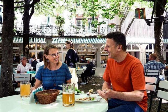 Freiburger freuen sich über offene Gaststätten und Biergärten