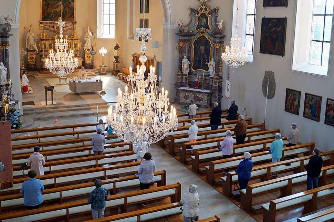 Zum ersten Gottesdienst in Schliengen in Corona-Zeiten kamen rund 30 Katholiken.    Foto: Silke Hartenstein